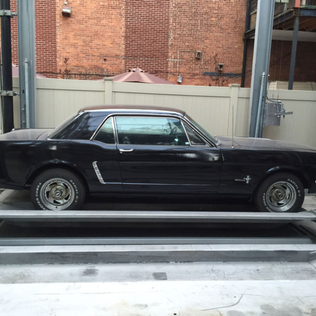 1965 black ford mustang hardtop coupe 6 cyl automatic. Black Bedroom Furniture Sets. Home Design Ideas