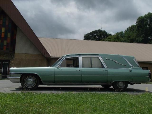 1965 Cadillac Fleetwood Ambulance