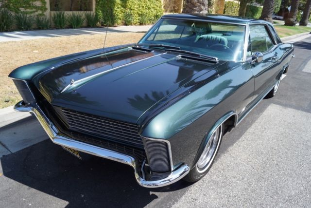 1965 Buick Riviera 425/325HP V8 WITH 1 FAMILY OWNER SINCE 1967!