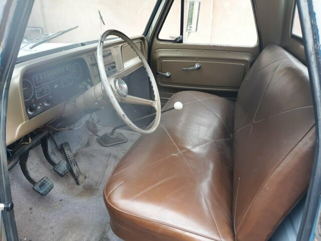 1965 Chevrolet C-10 c10 Standard Cab Pickup with Brown interior