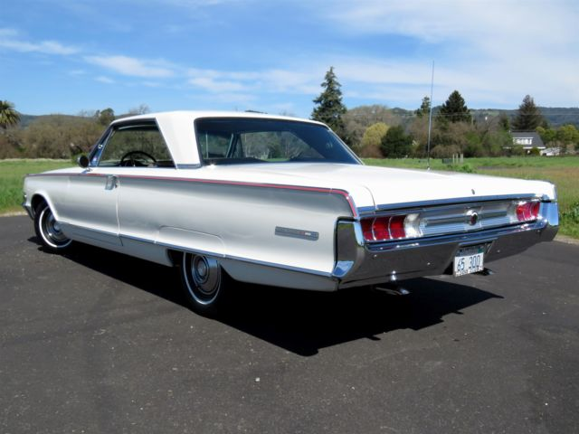 1965 chrysler 300l coupe restored show winner. Black Bedroom Furniture Sets. Home Design Ideas