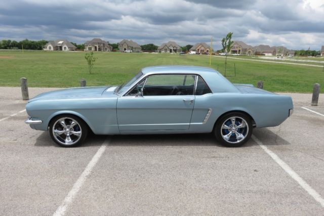 1965 Ford Mustang 5-speed