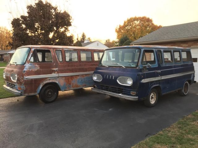 1965 Ford E-Series Van Deluxe Club Wagon
