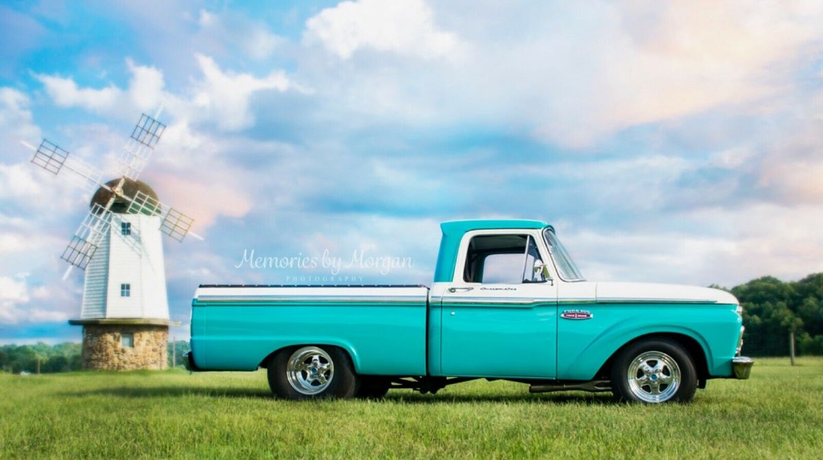 1965 Ford F-100