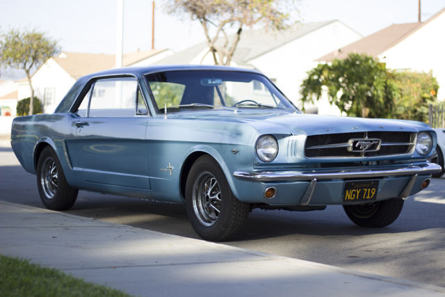 1965 ford mustang 289 4speed manual silver blue coupe 2nd owner for sale photos technical. Black Bedroom Furniture Sets. Home Design Ideas