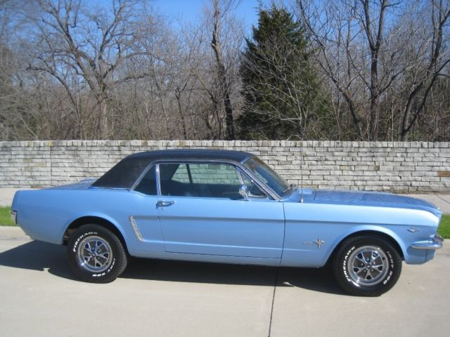 1965 Ford Mustang 289 Coupe w/ AC