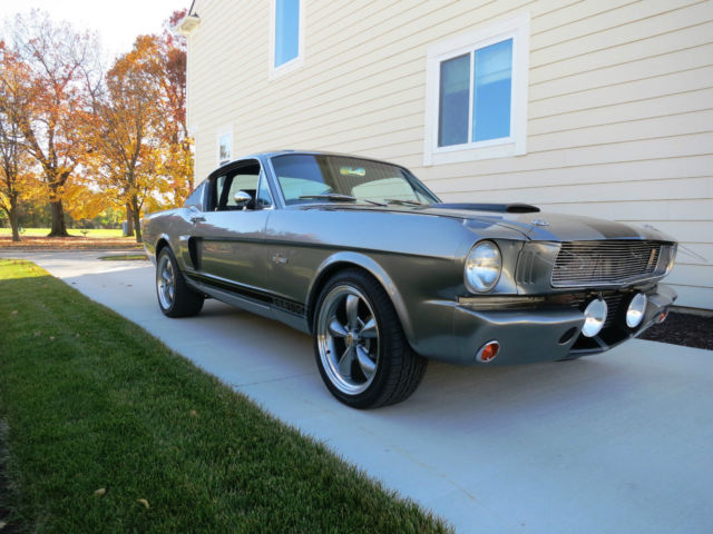 1965 Ford Mustang GT-350