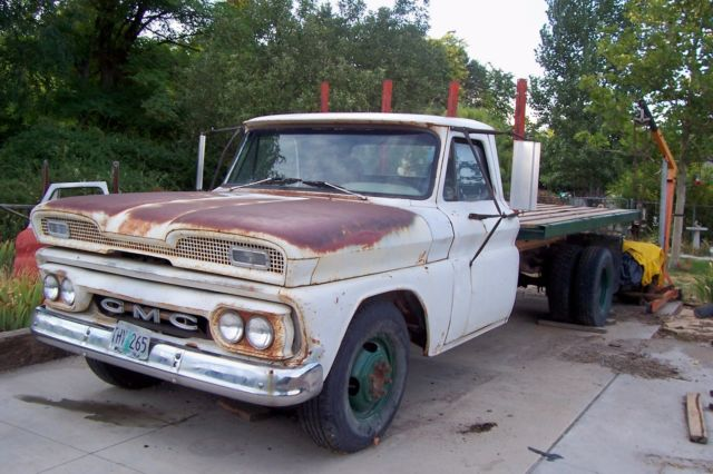 1965 GMC Flatbed for sale: photos, technical specifications