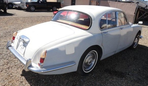 1965 Jaguar S Type RHD 34 4 Speed wOverdrive IRS Disc Brakes