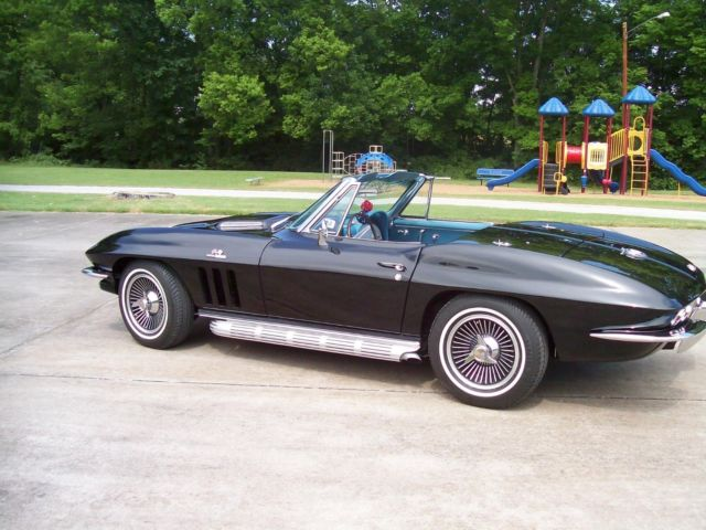 1965 Chevrolet Corvette chrome