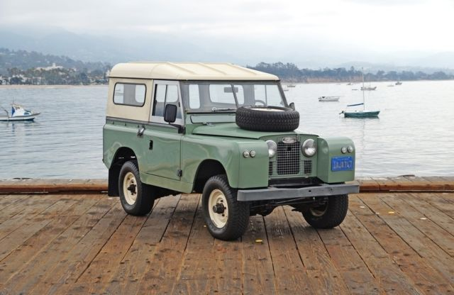 1965 Land Rover Series IIA Series IIA LHD '88 Station Wagon