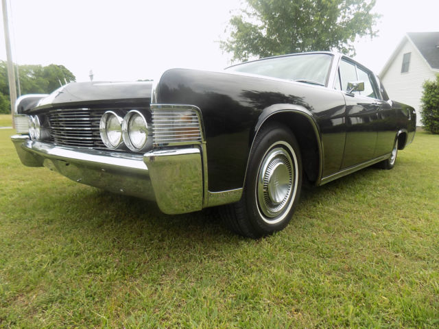 1965 Lincoln Continental Lehmann Peterson Limousine