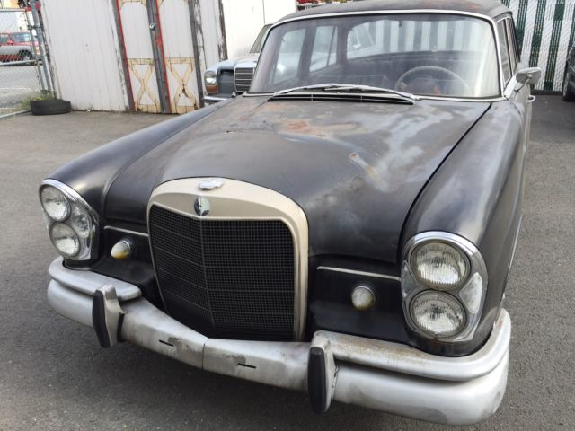 1965 Mercedes-Benz 200-Series 111012-12-140569