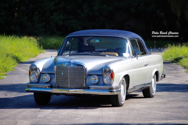 1965 Mercedes-Benz 200-Series