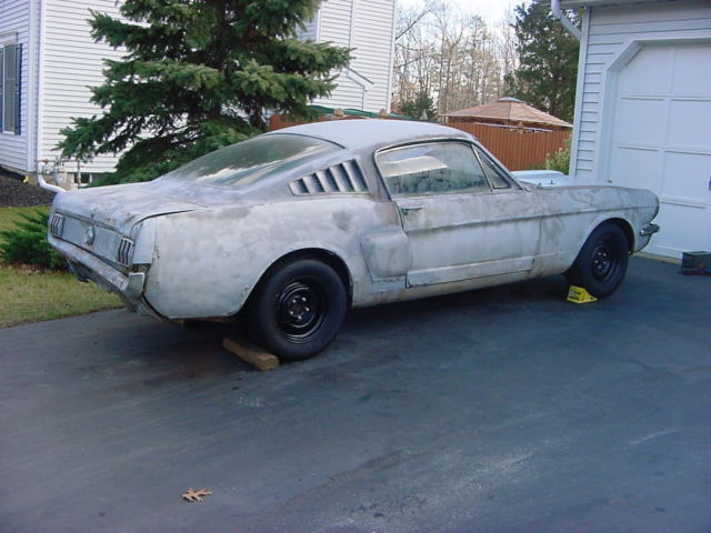 65 Mustang Parts >> 1965 Mustang Fastback Shelby G T 350 Clone Project With Parts
