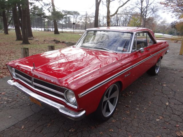1965 Plymouth Belvedere 2-dr coupe