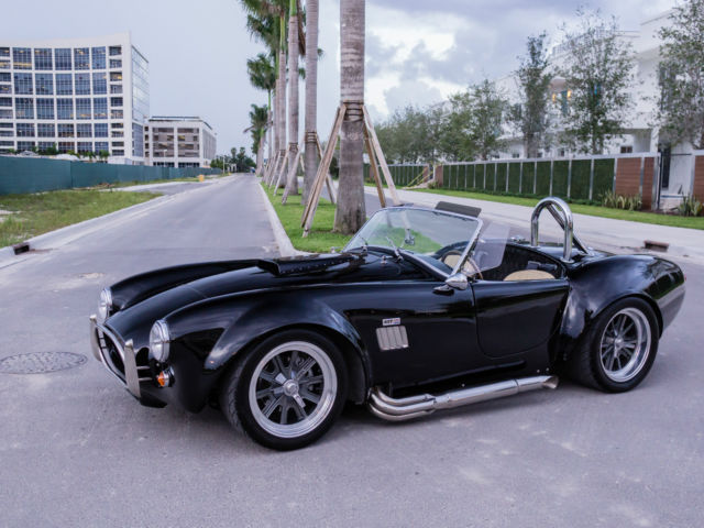 1965 Replica/Kit Makes 1965 shelby Cobra factory five Cobra