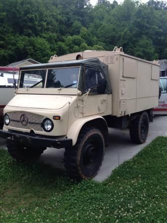 1965 Unimog 404 Radio Box Truck for sale photos technical