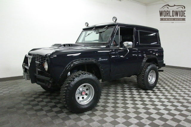 1966 Ford Bronco V8 5 SPEED! DISC BRAKES! LIFTED!
