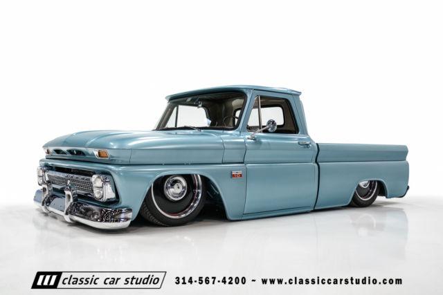 Saint Louis Classic Cars Sale