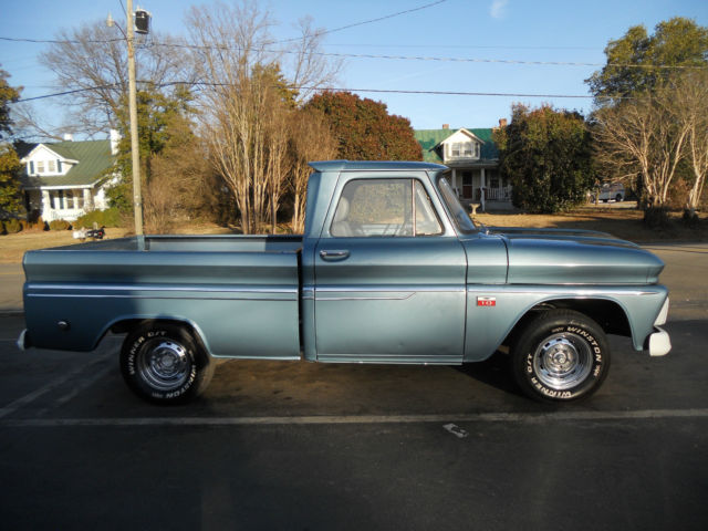 1966 Chevrolet C-10 pick up