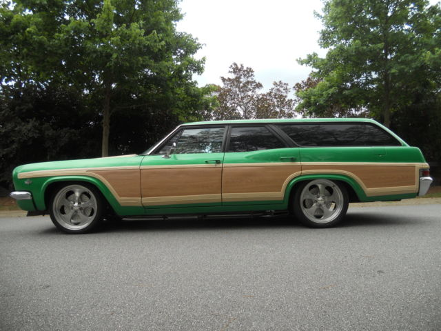 1966 Chevrolet Caprice Station Wagon No Reserve V8 All ...   1966 Chevrolet Caprice Wagon