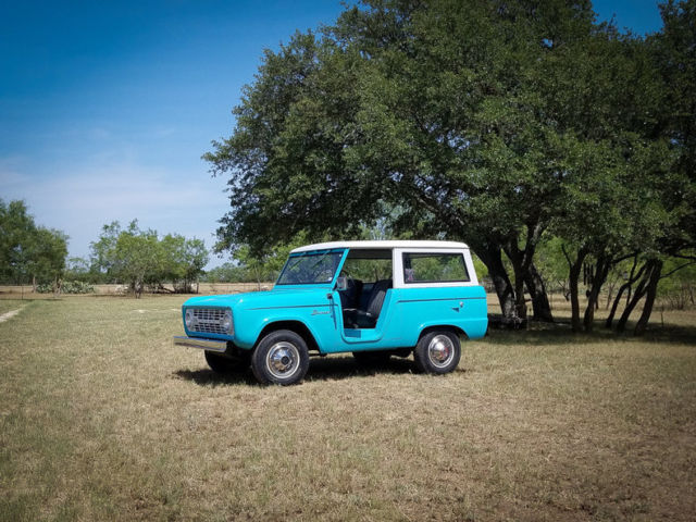 1966 Ford Bronco --