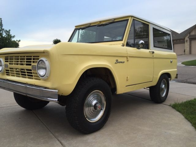 1966 Ford Bronco U15 Wagon