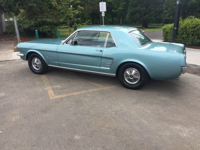 1966 Ford Mustang 2-Door Coupe HardTop