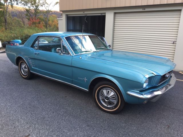 1966 Ford Mustang Standard