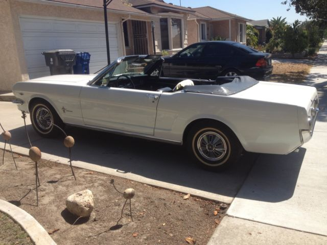 1966 Ford Mustang Convertible 289 V8 Stunning Classic 3-Speed auto