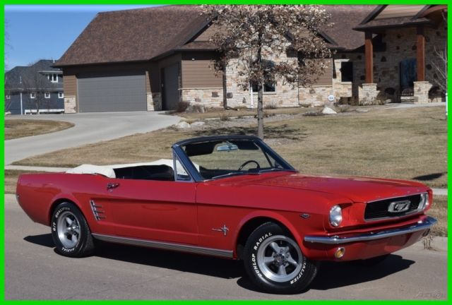 1966 Ford Mustang 1966 Ford Mustang Convertible V8 Auto ***RED**