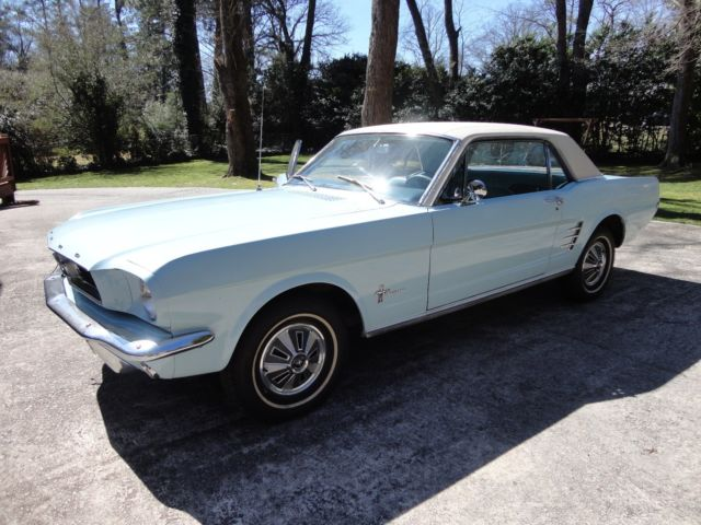 1966 Ford Mustang Coupe - Base