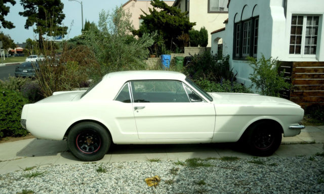 1966 Ford Mustang 289 V-8 Coupe