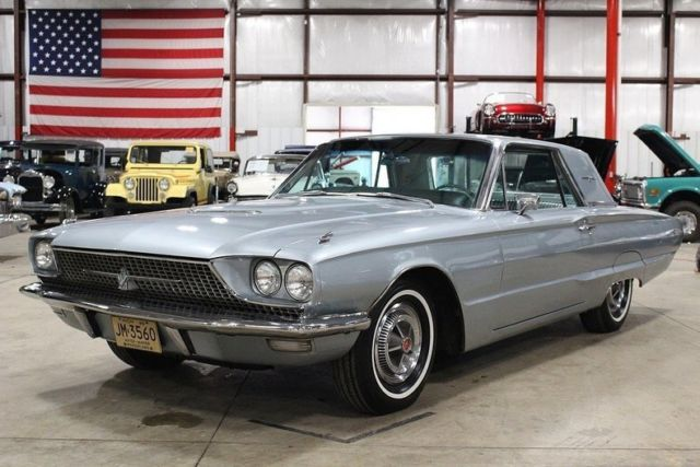1966 Ford Thunderbird --