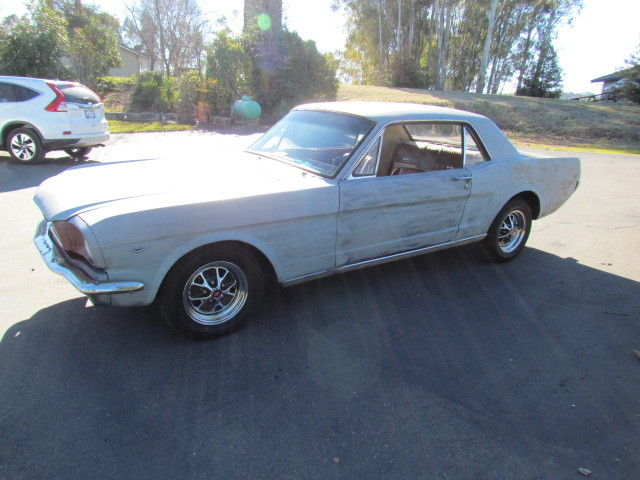 1966 Ford Mustang Deluxe Pony