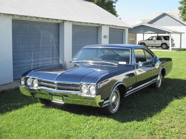 1966 Oldsmobile Eighty-Eight Delta 88