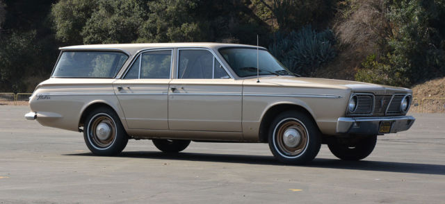 1966 Plymouth Valiant 200 Station Wagon for sale: photos