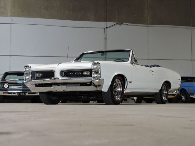 1966 Pontiac GTO Convertible Tri-Power V8