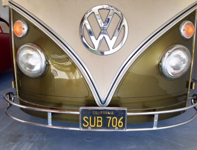 1966 Volkswagen Bus/Vanagon Type 2 Bus Deluxe