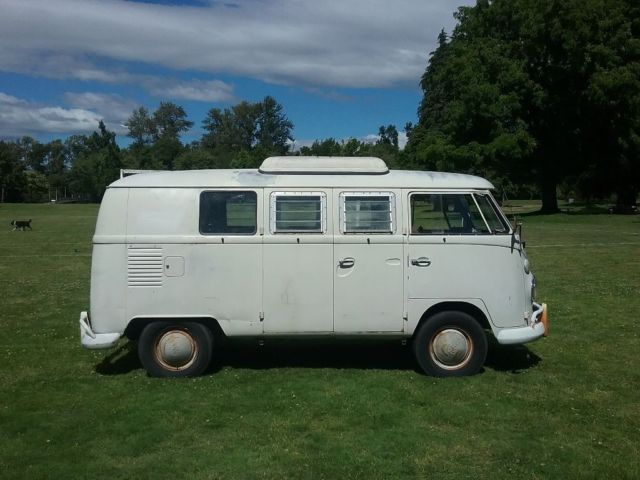 1966 Volkswagen Bus/Vanagon Westfalia pop top