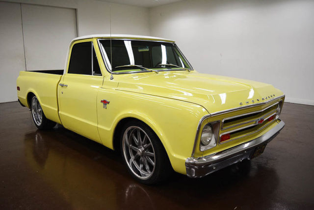 1967 Chevrolet C-10 SWB Big Window LS