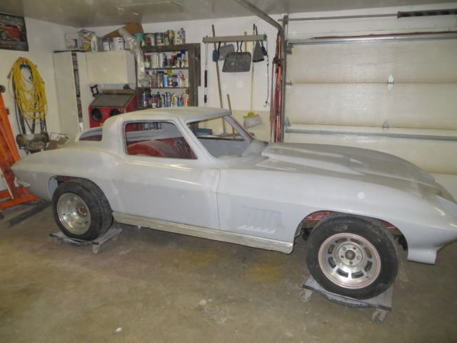1967 Chevrolet Corvette resto mod re body