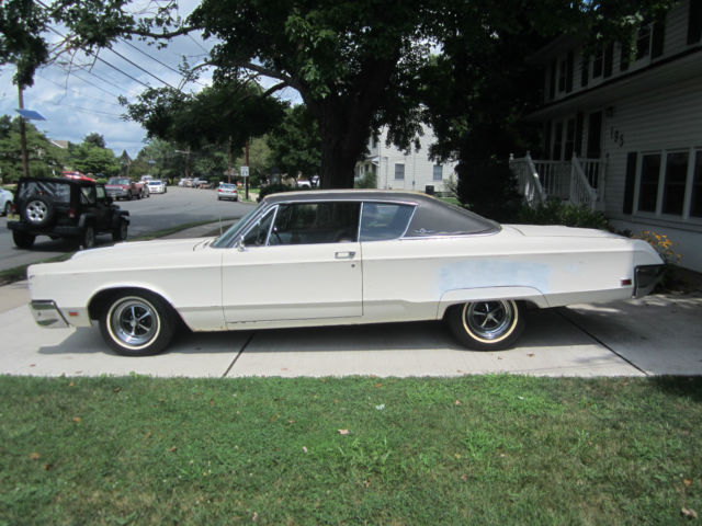 1967 chrysler 300 for sale photos technical specifications description. Black Bedroom Furniture Sets. Home Design Ideas