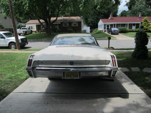 1967 chrysler 300 for sale photos technical specifications. Black Bedroom Furniture Sets. Home Design Ideas