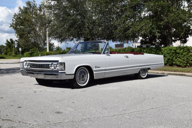 1967 Chrysler Imperial Leather
