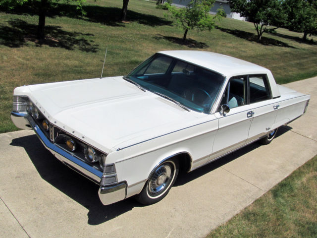 1967 Chrysler New Yorker New Yorker