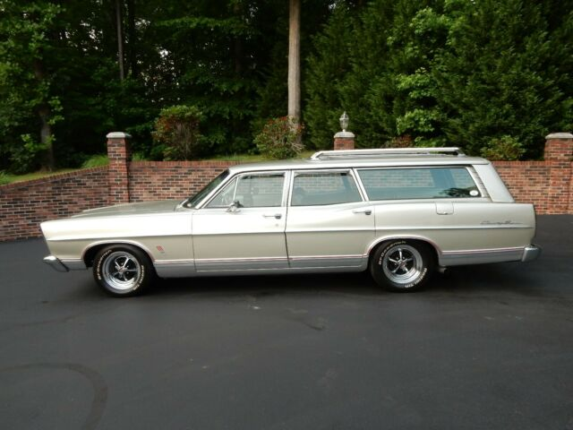 1967 Ford Galaxie Country Squire