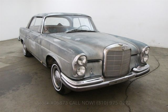 1967 Mercedes-Benz 250SE Coupe