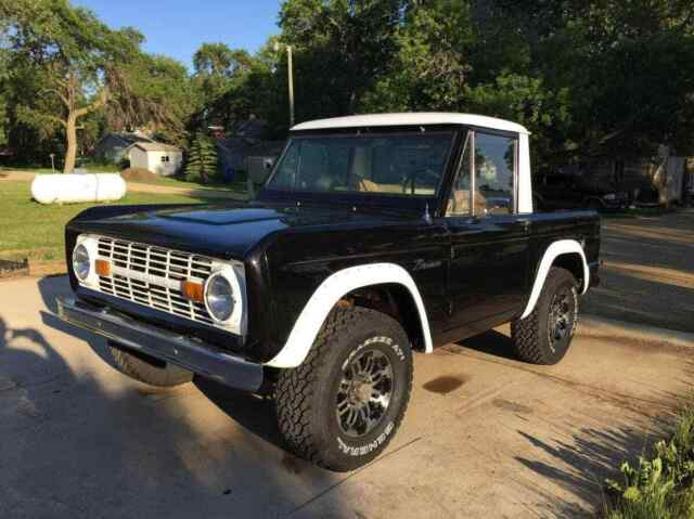1967 Ford Bronco --